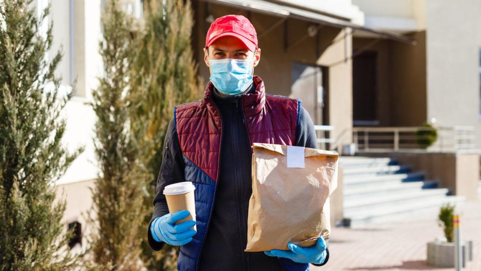 ما حقيقة انتقال فيروس كورونا عن طريق الطعام؟