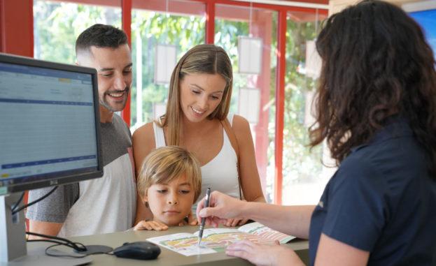 5 نصائح لتختاري فندقاً يناسبُ طفلكِ
