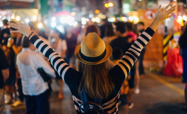 5 بلدان هي الأكثر أماناً ليلاً اذا كنتِ تفكّرين بالسفر لوحدكِ!
