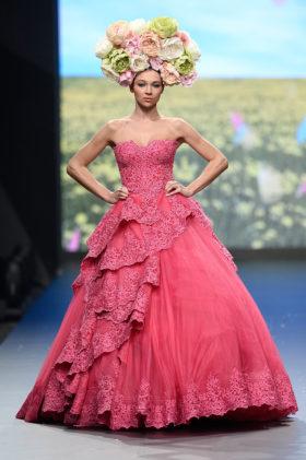 عرض أزياء Rami Kadi في فاشن فورورد Fashion Forward دبي - Photo Courtesy of Getty Images