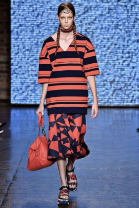 أسبوع الموضة في نيويورك | DKNY