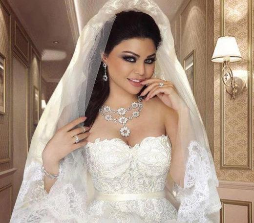 نجمات بفستان الزفاف